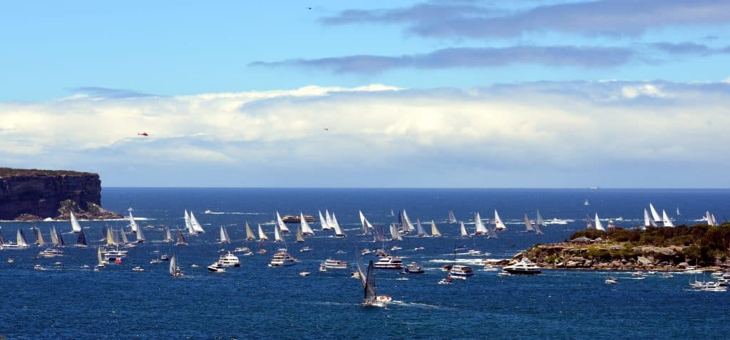 Boxing Day Sydney to Hobart Yacht Race setting off