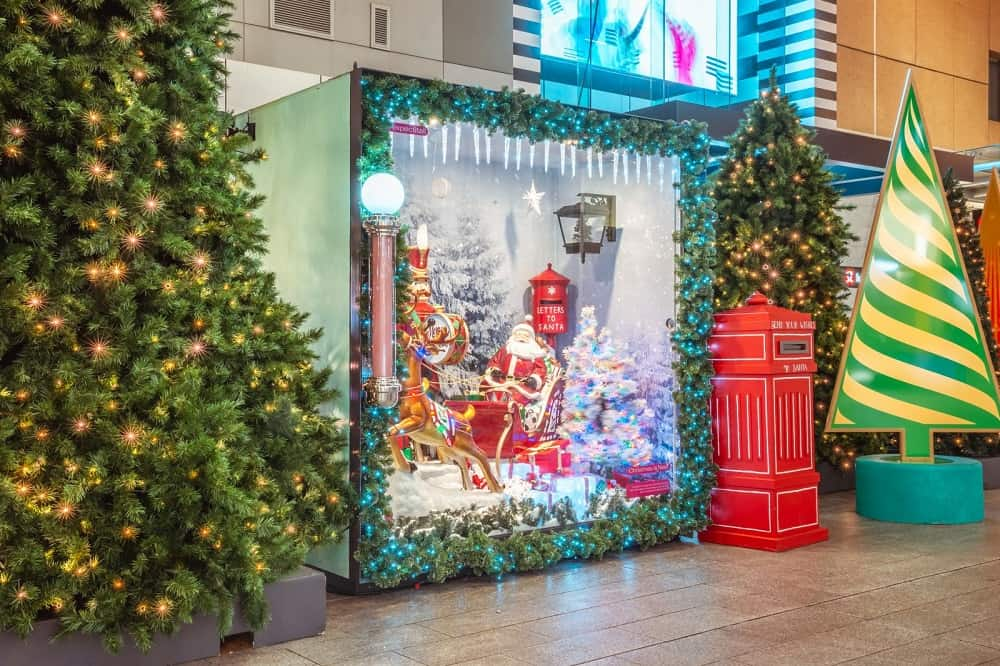 Rundle-Mall-Christmas-Santas-Workshop