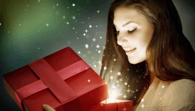 Christmas eve box ideas for her